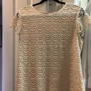 Banana Republic scalloped, crochet, cream top